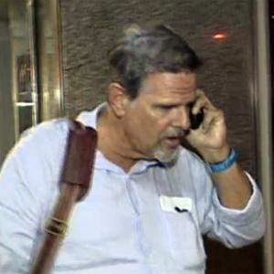 O turista americano Robert Scott, 63, que deu um calote de cerca de R$ 15 mil em um hotel; R$ 6 mil apenas com doses de caipirinha