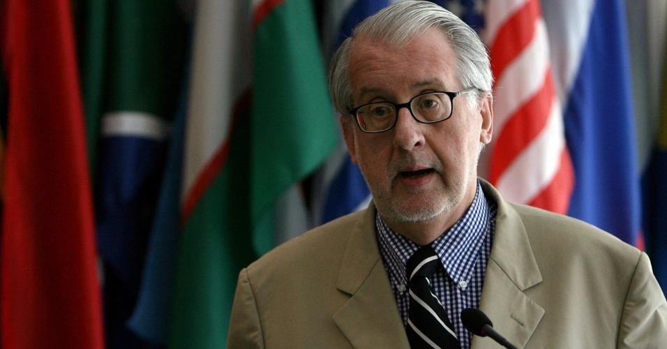 11.mai.2012- O diplomata Paulo Sérgio Pinheiro é integrante da Comissão da Verdade
