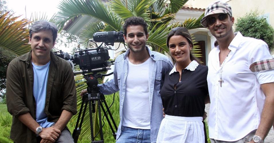 """Latino grava clipe da canção """"In Love"""" no Rio (11/5/12). O vídeo tem direção de Rafael Almeida e contou com a participação da ex-BBB Laisa"""