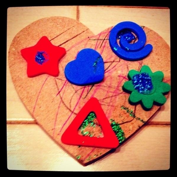 Ticiane Pinheiro publica foto do presente que ganhou da filha Rafaella Justus (12/5/12)
