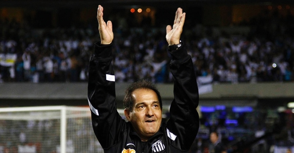 Muricy Ramalho agradece torcida do Santos que lotou o Morumbi neste domingo