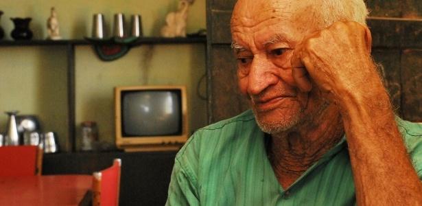 O lamento dos viúvos - Beto Macário/UOL