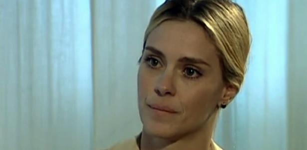 """Carolina Dieckmann fala sobre fotos roubadas em entrevista ao """"Jornal Nacional"""" (14/5/2012)"""