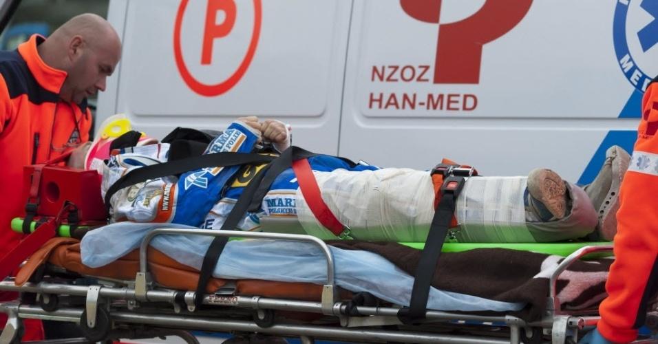 Lee Richardson morreu após colidir-se com um muro de proteção em um evento de speedway na Polônia (14/05/2012)