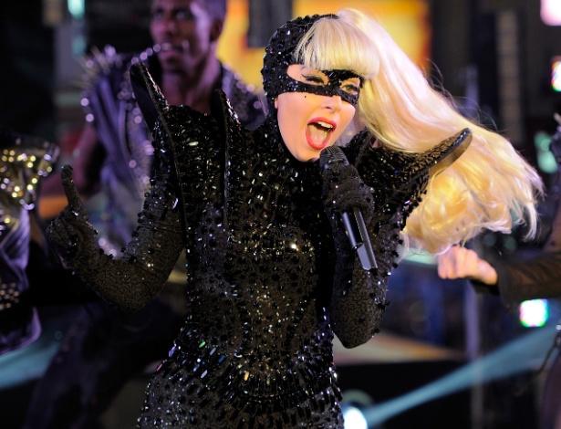 Primeira personalidade a alcançar 20 milhões de seguidores no Twitter, Lady Gaga voltou a superar sua marca e já aparece com mais de 25 milhões de seguidores no Twitter