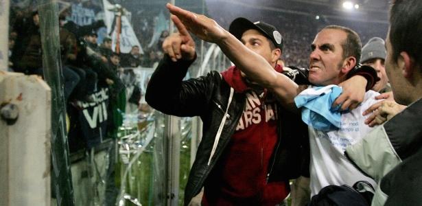Na época de jogador, Di Canio fazia saudação fascista para os torcedores da Lazio