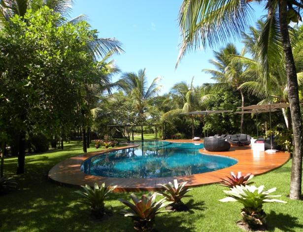 Jardim da residência Sandra Habib Trancos, projetado pelo paisagista Marcelo Faisal em 2011 - Divulgação