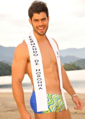 Marcus Rafhael vai representar o Brasil no Mister Universo 2012. Com essa saúde, aqui no UOL Tabloide, já é vencedor