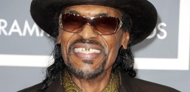 O músico Chuck Brown no Grammy, em 2011