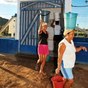 A ficha pela água - Beto Macário/UOL
