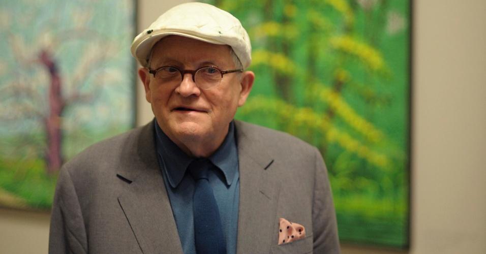 O pintor britânico David Hockney, 74, consagrado pelos seus quadros de paisagens, expõe algumas de suas obras criadas com um iPad