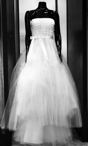 Vestido da linha para noivas de Oscar de La Renta, apresentado nesta quinta-feira (17), na loja White Hall, em SP