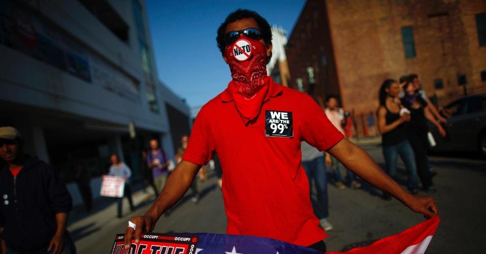 20.mai.2012 - Manifestante protesta às vésperas de cúpula da Otan (Organização do Tratado do Atlântico Norte) em Chicago, nos Estados Unidos