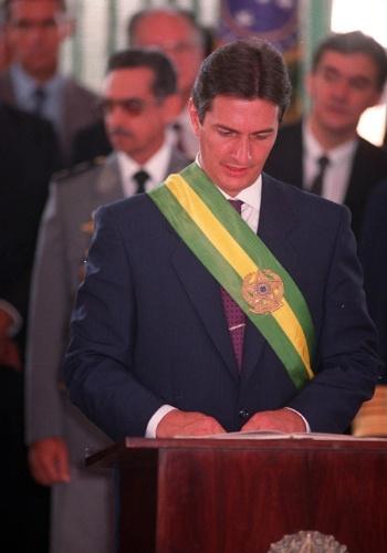 21.mai.2012 - Fernando Collor toma posse em Brasília, em março de 1990