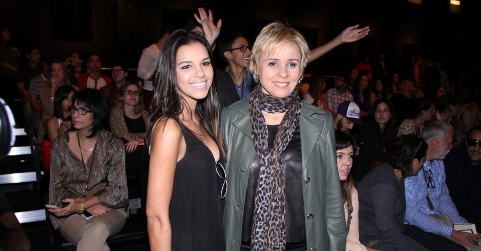 Mariana Rios e Giulia Gam prestigiam a edição Verão 2013 do Fashion Rio (22/5/12). O evento de moda acontece no Jockey Club, zona sul do Rio