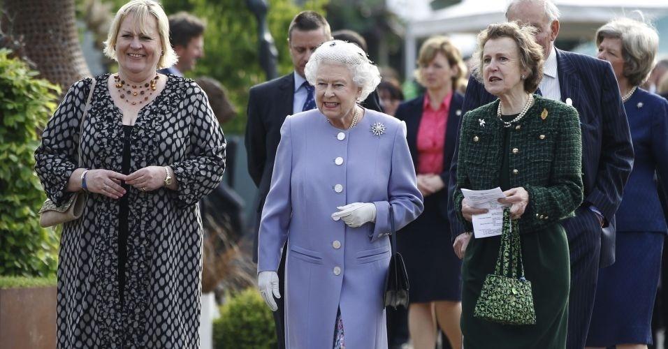 21.mai.2012 - Rainha Elizabeth 2ª visita o Chelsea Flower Show, em Londres