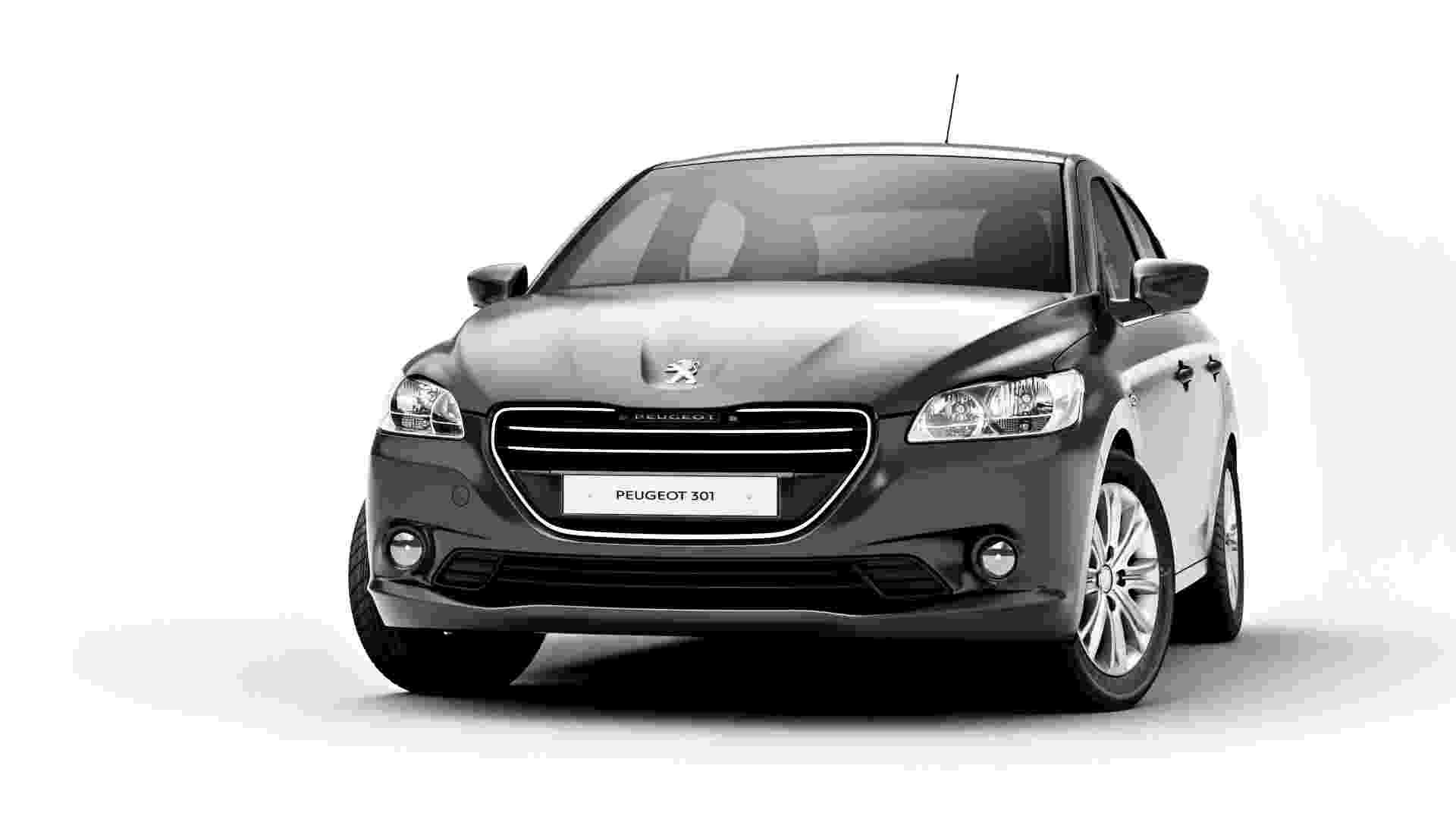 E, finalmente, este é o sedã 301, modelo para mercados emergentes apresentado nesta quinta-feira (24) pela Peugeot francesa como opção para mercados emergentes. Modelo mescla estilos de 208 e 508 - Divulgação