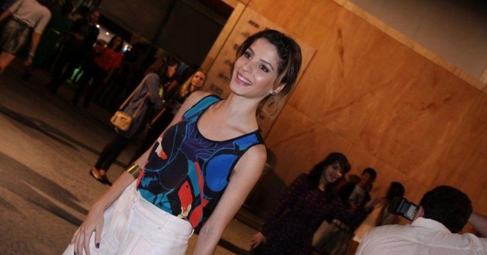Gisele Batista confere o terceiro dia de desfiles do Fashion Rio (24/5/12). O evento de moda acontece no Jockey Club, zona sul do Rio