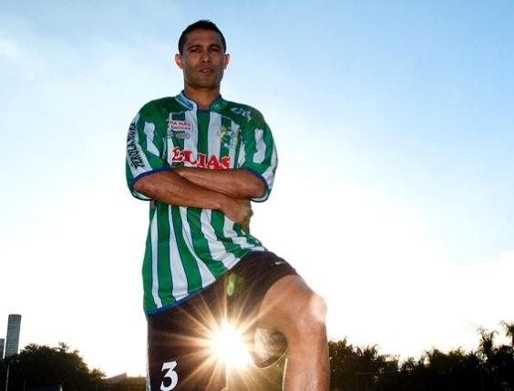 Luiz Carlos, meia do Leões da Geolândia, da Copa Kaiser