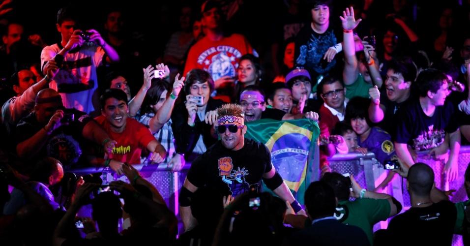 Após fazer aparições em programas de TV brasileiros no início do mês, The Miz foi muito aplaudido ao entrar. Mas, como vilão, logo passou a ser vaiado. Ele acabou derrotado por Zach Ryder (foto)