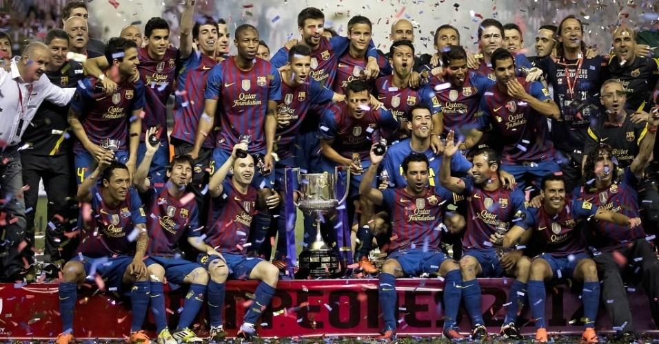 Jogadores do Barcelona comemoram a conquista do título da Copa do Rei