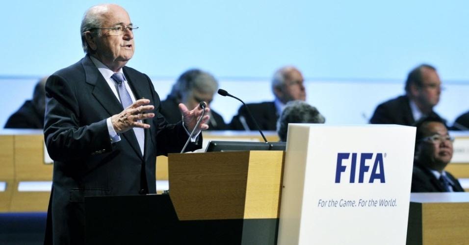 Joseph Blatter em congresso da Fifa em Budapeste