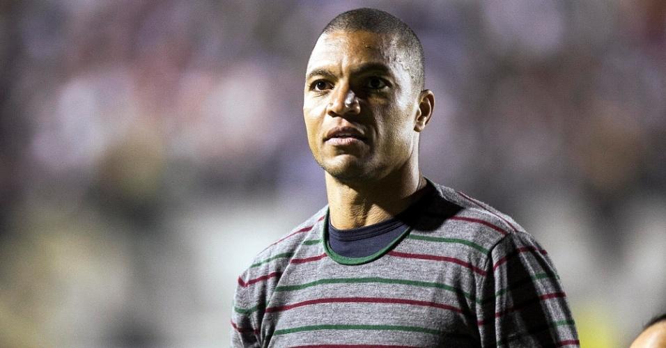 Experiente goleiro Dida é apresentado para a torcida da Portuguesa antes de jogo contra o Vasco, no Canindé