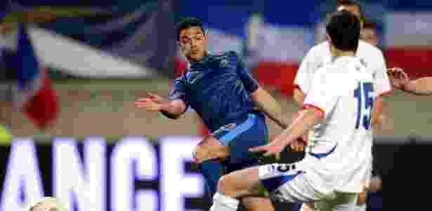 Meia francês teria propostas de clubes como Milan, Liverpool e PSG - AFP PHOTO/FRANCK FIFE
