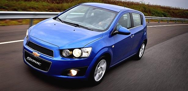 Chevrolet Sonic hatchback na versão LTZ, que pode ter câmbio A/T de seis marchas: bravo, né? - Divulgação