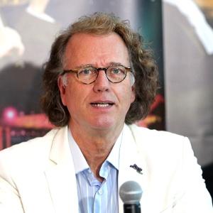 O maestro holandês André Rieu participa de entrevista coletiva em São Paulo (28/5/12) - Photo Rio News