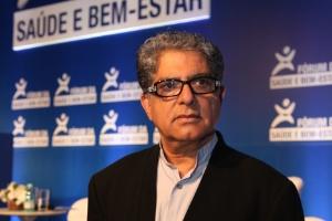 Deepak Chopra participa do I Fórum de Saúde e Bem-estar, em Campinas