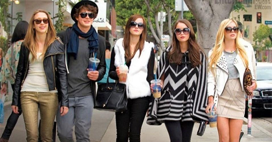 """Em novas fotos, é possível a """"gangue"""" da personagem de Emma Watson em """"The Bling Ring"""", novo filme de Sofia Coppola"""