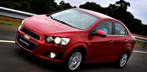 Sonic sedã contrariou as expectativas da GM e vendeu quase o dobro que o hatch em julho - Divulgação
