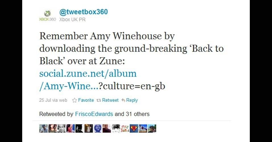 2011 - Logo após a morte da cantora Amy Winehouse, a conta oficial do videogame Xbox 360, da Microsoft, sugeriu que os fãs lembrassem dela baixando ''Back to Black'' na loja virtual Zune