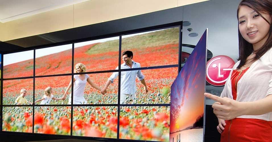 2.jan.2012 - A LG divulgou em seu blog uma TV com tecnologia OLED de 55 polegadas e 4 mm de espessura, que será oficialmente apresentada ao público na feira de tecnologia CES (Consumer Electronics Show), realizada em janeiro em Las Vegas. Segundo a empresa, o aparelho apresenta as cores mais reais já exibidas por uma TV a um preço menor do que seria cobrado se fossem usadas tecnologias tradicionais (a TV usa os recursos 4-Color Pixels e Color Refiner, da própria LG)