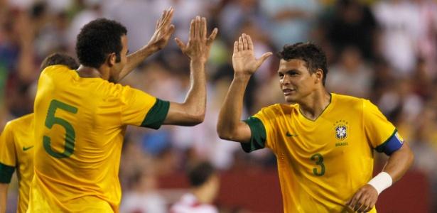 Capitão da seleção brasileira, Thiago Silva está na mira do PSG e pode deixar o Milan