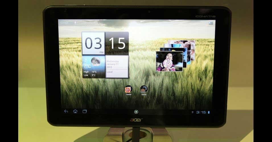 11.jan.2012 - A Acer apresentou seu 1º tablet com processador de quatro núcleos, o Iconia Tab A700. Ele usa o Tegra 3, com 1.3 GHz e 1GB de RAM, Android 4.0 (Ice Cream Sandwich) e tela de 10.1'' com Full HD (1920x1200 pixels)