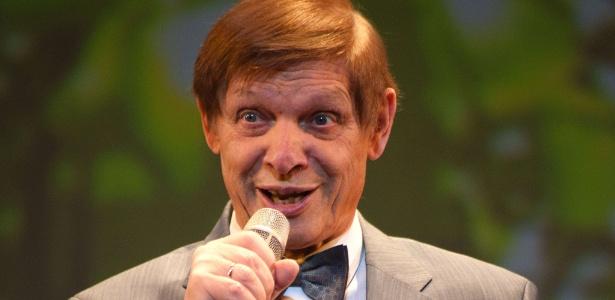 Eduard Khil durante um show em Saint-Petersburg (19/1/12)