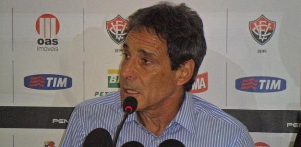 Carpegiani teve duas passagens pelo Barradão, em 2009 e 2012