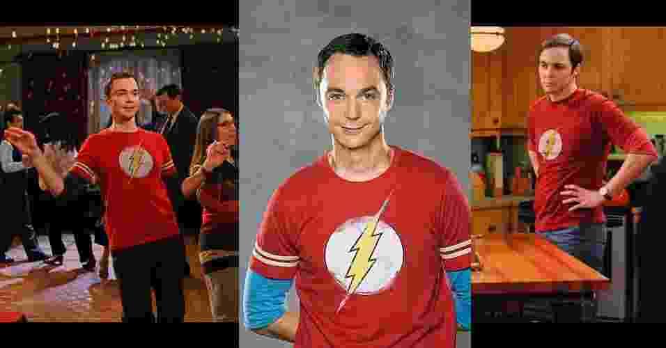 """Sheldon Cooper, personagem interpretado por Jim Parsons na série norte-americana """"The Big Bang Theory"""", é um nerd extremamente inteligente e com temperamento arrogante. Seu figurino é colorido e composto pela sobreposição de uma camiseta estampada sobre outra de manga longa, geralmente em outra cor, calça neutra, tênis marrom e relógio com pulseira de couro - Divulgação"""