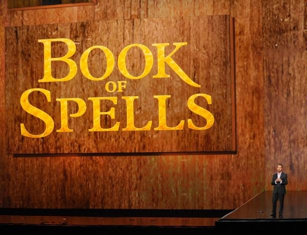 """Andrew House, presidente da Sony, anuncia participação da empresa no livro interativo inspirado na saga """"Harry Potter"""" (4/6/12) - Reuters"""
