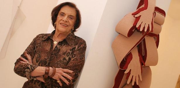 A galerista Anna Maria Niemeyer, filha do arquiteto Oscar Niemeyer, em foto de 2006 - Alexandre Campbell/Folhapress