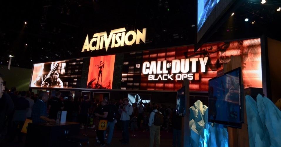 A grande atração da Activision não poderia ser outro jogo. O estande lotou de gente querendo conferir