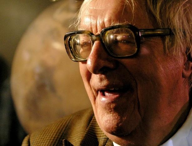 O autor Ray Bradbury em imagem tirada durante seu aniversário de 83 anos, em Pasadena, Califórnia - AP Photo/Stefano Paltera