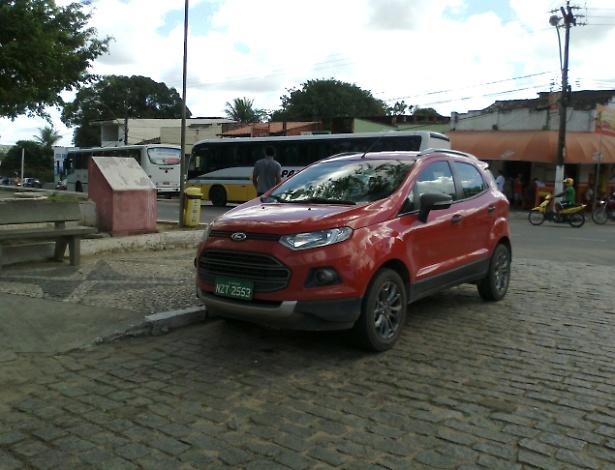 O leitor José Augusto Sacramento Saldanha avistou o novo Ford EcoSport em Alagoinhas (BA) - José Augusto Saldanha/UOL