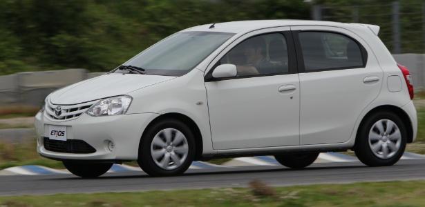 Toyota Etios hatch: modelo na carroceria dois-volumes tem apenas 3,78 m e visual moderno - Divulgação