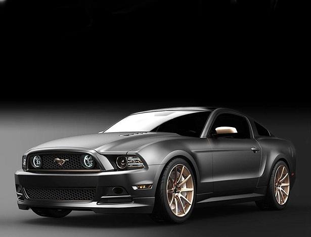 Mustang GT High Gear Concept: rodas, logo, friso e detalhes em ouro rosa e LEDs azulados - Divulgação