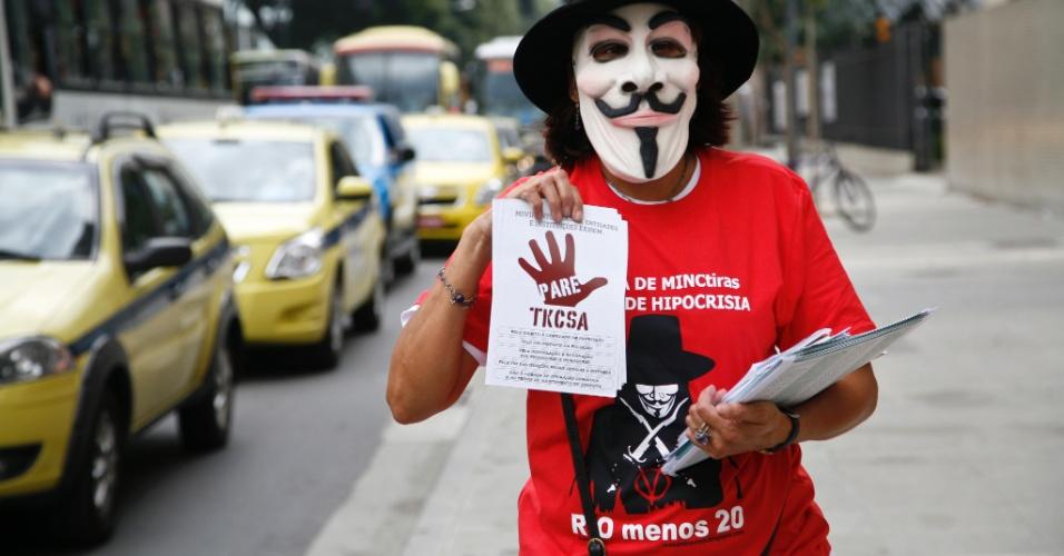 No Dia do Meio Ambiente, ativistas fazem protesto em frente ao Inea (Instituto Estadual do Ambiente)