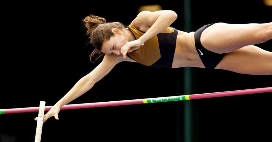 Fabiana Murer em salto pela Liga Diamante no dia 2 de junho, em Eugene, nos Estados Unidos