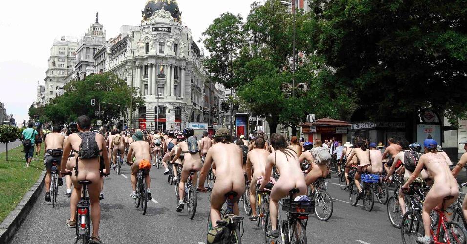Protesto de ciclistas nus09.jun.2012 - Protesto de ciclistas nus